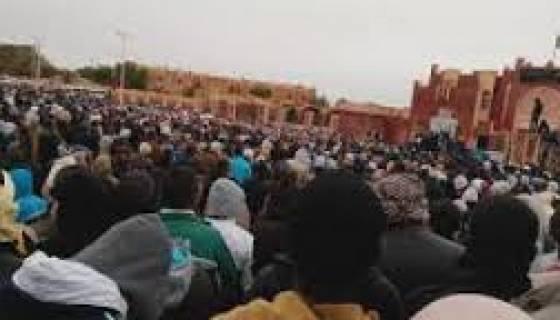 Bouteflika : l'Algérie poursuivra l'exploration du gaz de schiste
