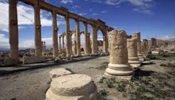 Combats violents autour de Palmyre entre EI et forces du régime