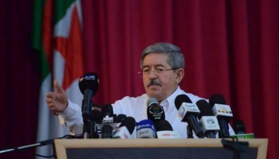 Ouyahia menace Ferhat Mehenni et les pourfendeurs du régime