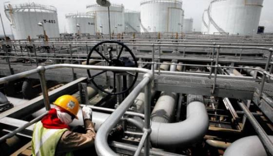Le prix du pétrole dégringole au plus bas depuis près de sept ans