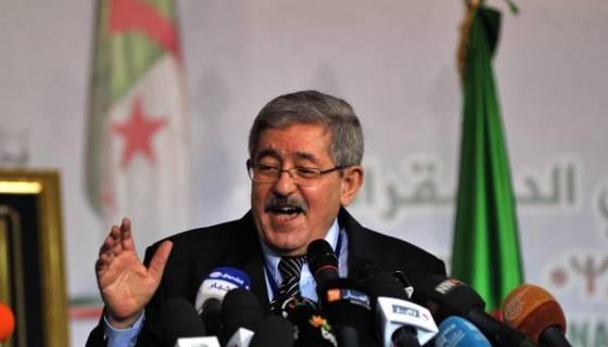 La politique en Algérie : un jeu de rôles, selon Ouyahia !