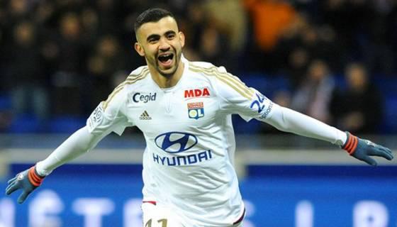 Rachid Ghezzal restera-t-il à l'Olympique de Lyon ?