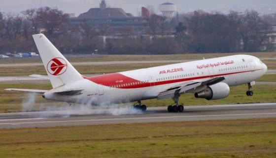 Un avion d'Air Algérie fait demi-tour à cause d'un problème technique