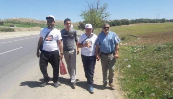 """Me Dabouz : de Berrouaghia à Ksar El Boukhari, solidarité de Tiaret et attente d'un """"geste d'apaisement"""""""