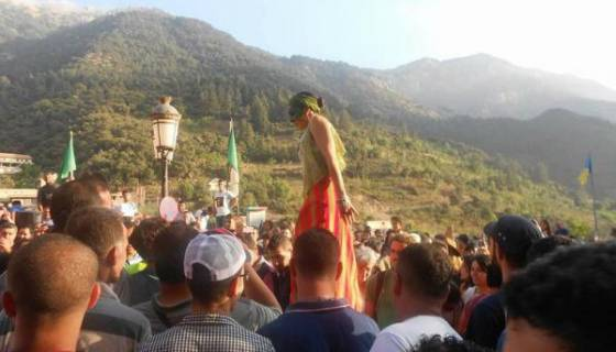 Le festival Raconte-Arts a lieu jusqu'au 31 juillet à Aït Ouabane (Kabylie)