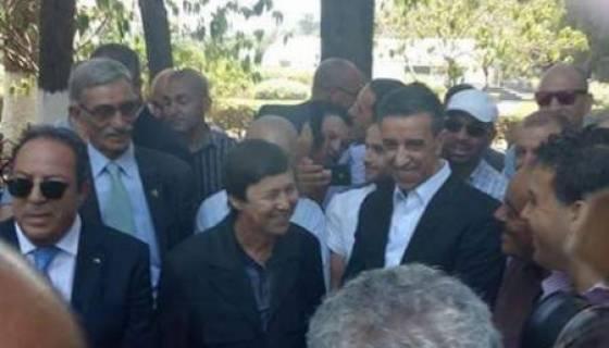 Said Bouteflika et Ali Haddad rigolent à l'enterrement de Redha Malek !