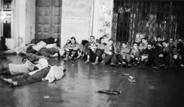 Les Archives françaises sont gardées sous scellés sur plein d'événements touchant à la guerre d'Algérie.