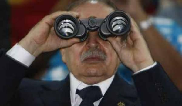 Le monarque prépare son show à Tlemcen