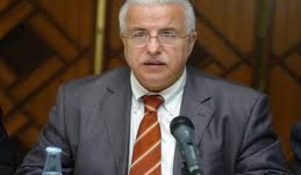 Comme tous les autres, Mohamed Benmeradi, ministre de la promotion de l'investissement a échoué sur ce dossier.
