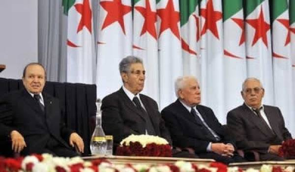 Abdelaziz Bouteflika, Ahmed Ben Bella, Chadli Bendjedid et Ali Kafi