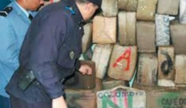 Maroc: 4 tonnes de résine de cannabis saisies par la police en 2011
