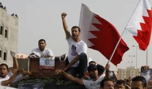 Soutenue par le Qatar, la famille régnante réprime les manifestations depuis un an