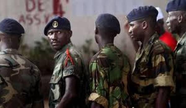 Les militaires ont mis fin au processus électoral.