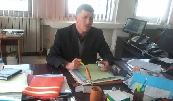 Ait-El-Hocine Mourad, directeur