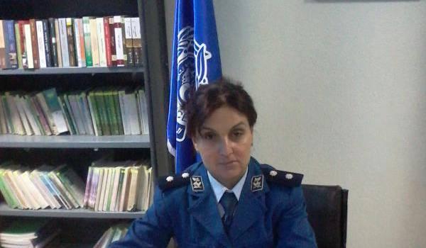 Jaili Dalèle, une policière officier à l'aéroport Mustapha-Ben Boulaïd