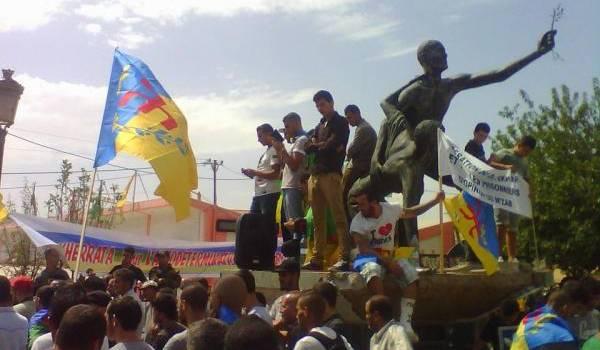 Des dizaines de militants du MAK ont été arrêtés vendredi par les services de sécurité.