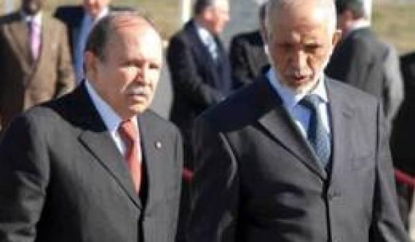 Le président Bouteflika et Belkhadem, SG du FLN.
