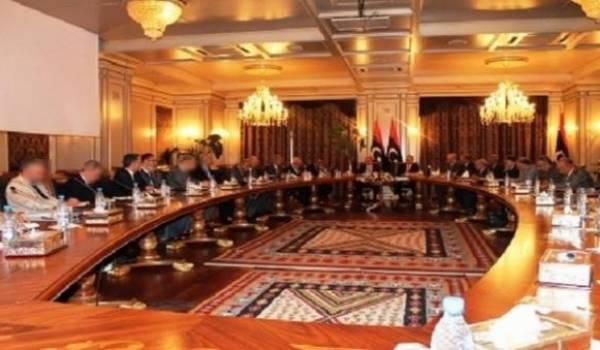 Le parlement de Tobrouk donne son aval pour le gouvernement d'union nationale.