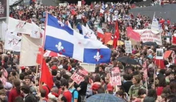 Une manifestation monstre pour exiger le droit de manifester.