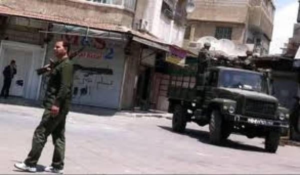 Damas veut rayer de la carte Rastane où seraient réfugiés plusieurs dirigeants de l'opposition armée.