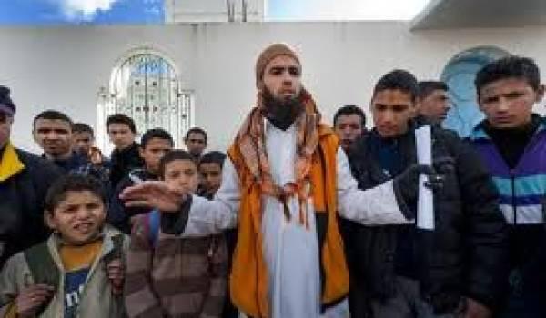 Tunisie : un cheikh salafiste prêche contre l'Occident