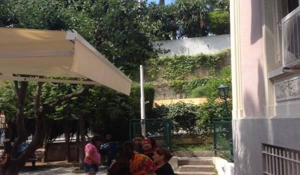 Le consulat d'Algérie à Nice ne peut plus accueillir la communauté algérienne.