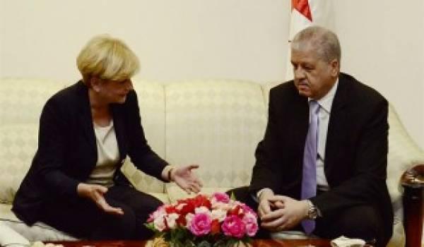 La ministre italienne du Développement économique, Federica Guidi reçue par Abdelmalek Sellal.
