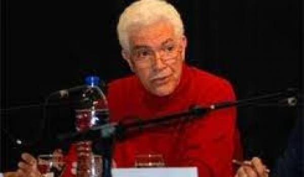 Mohammed Harbi a remis ses archives personnelles aux Archives nationales.
