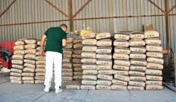 Le ciment est source d'un énorme trafic en Algérie.