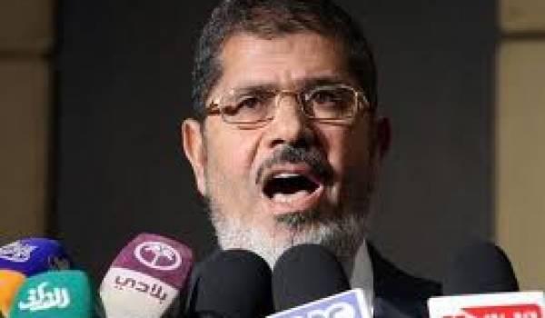 Le président Morsi commence à sévir dans la presse.