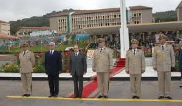 Bouteflika et ceux qui l'ont ramené est une longue histoire de coups de dagues.