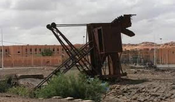 Les houillères du Sud-Oranais abandonnées au sable depuis des décennies.