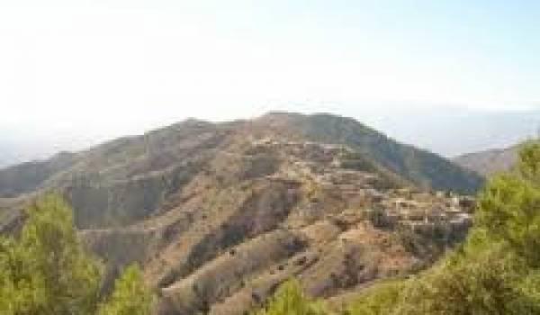 Plusieurs villages de Kabylie sont dépourvus de commodités.