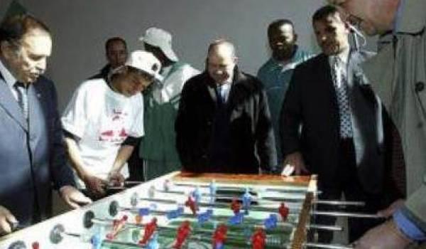 Une table de ping-pong entre Bouteflika et Sellal