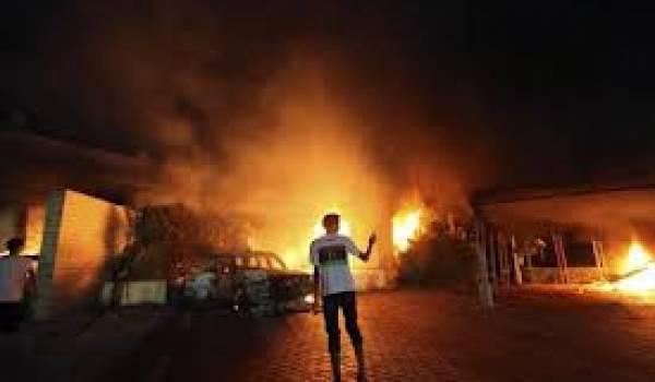 Le consulat américain a été brûlé suite à une attaque armée.