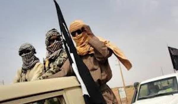 Les islamistes armés d'Ansar Dine et du Mujao font régner leur loi dans le nord du Mali.