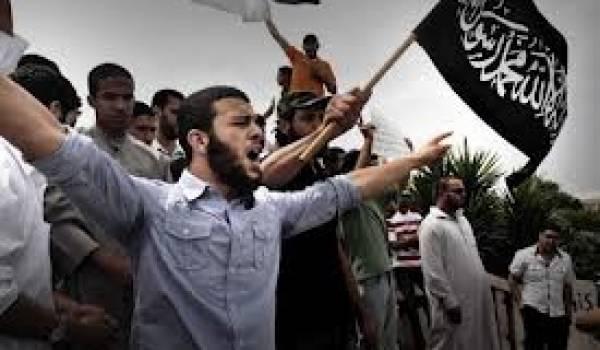 Ce pseudo-film produit aux USA est une aubaine pour les extrémistes religieux de tous bords.