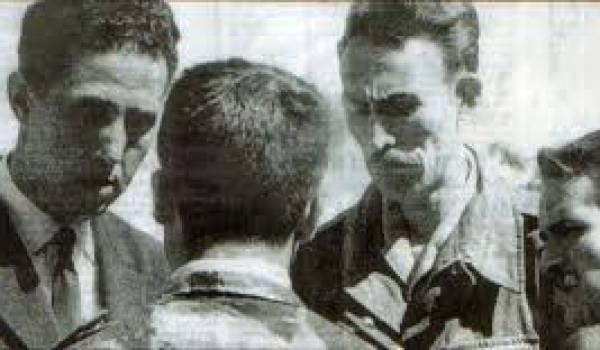 Ben Bella, Boumediene et Bouteflika aux lendemains de l'indépendance.