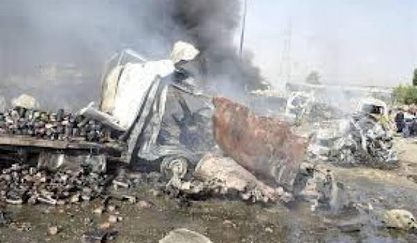 Un double attentat commis par un groupe armé islamiste a causé de nombreux morts.