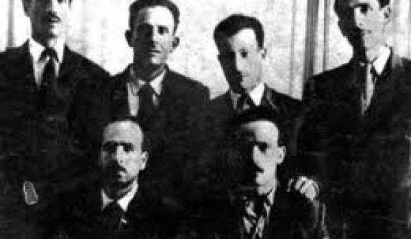 Les six chefs historiques du FLN.