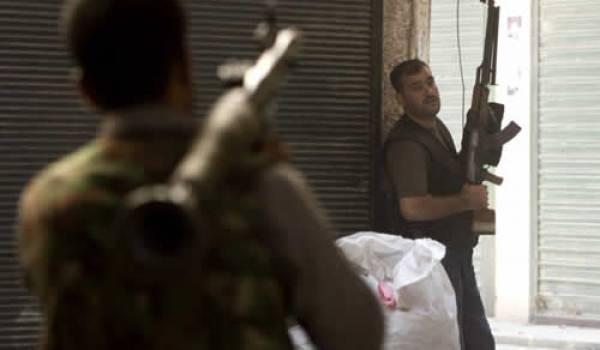 Un hélicoptère a été abattu dans la banlieue proche de Damas.