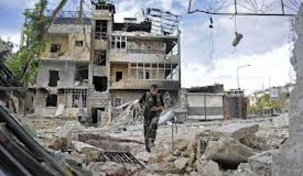 Partout en Syrie, les villes sont écrasées par l'aviation et les chars de Bachar Al Assad.