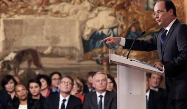 """François Hollande : """"l'histoire doit servir à bâtir l'avenir, non à l'empêcher"""""""