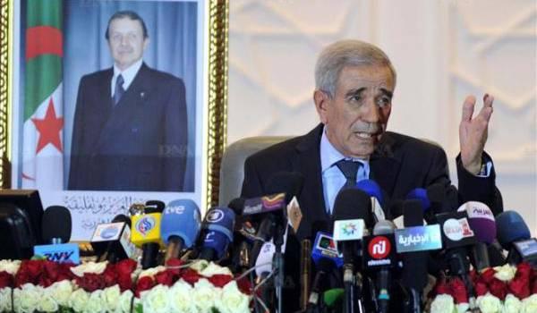Le ministre de l'Intérieur du gouvernement Sella s'en va t'en guerre contre les candidats au scrutin local.