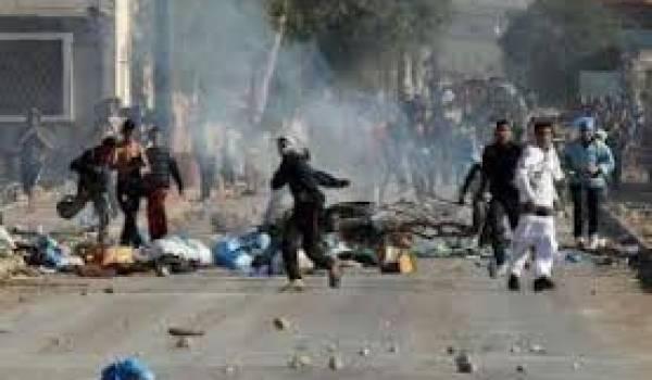 Des manifestants veulent imposer leur candidat à la tête de l'APC
