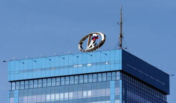 Renault a mis la main sur le producteur Avtovaz