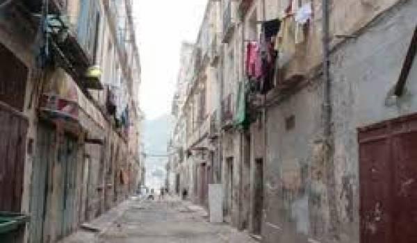 Il y a des dizaines d'immeubles qui menacent ruine à Oran.