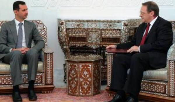 Mikhaïl Boulganov avec Bachar Al Assad.