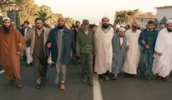 L'arrivée de l'ex-FIS sur la scène politique a été le fruit d'un certain nombre de compromissions du pouvoir avec les islamistes.