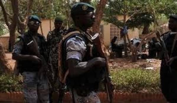 Les militaires maliens critiqués par la Cédéao